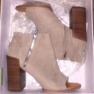 Dolce vita mercy grey suede heels